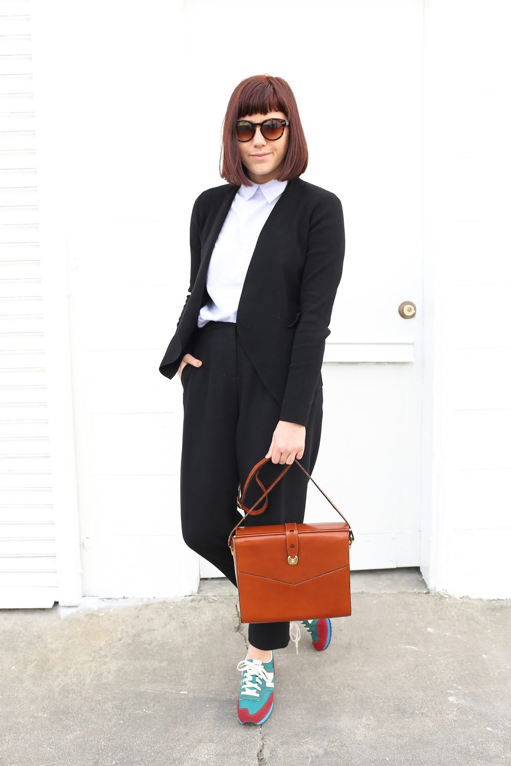 Blazer: Jigsaw London; Blouse: J.Crew; Pants: Jigsaw London; Sneakers: New Balance, J.Crew; Bag: Vintage