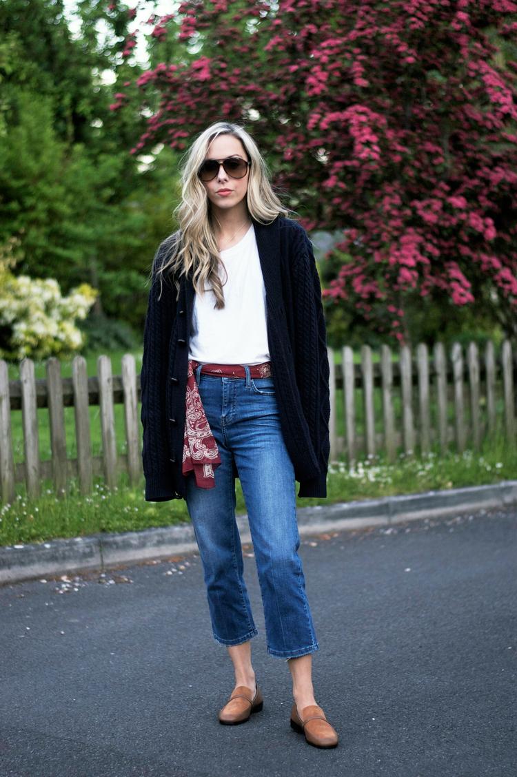 Wear it as a belt like our fav blogger gal  @lellavictoria