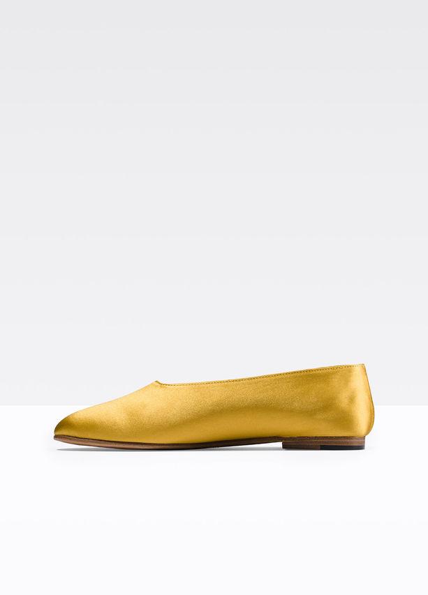 Vince Shoe.jpg