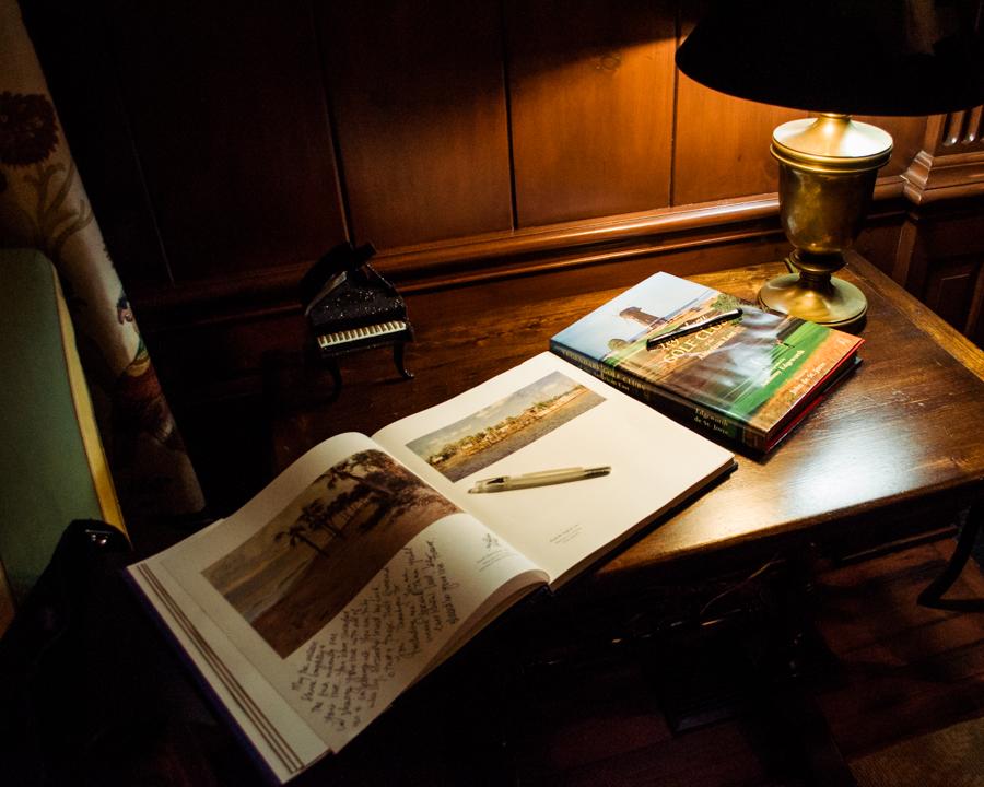 guest-book-2.jpg