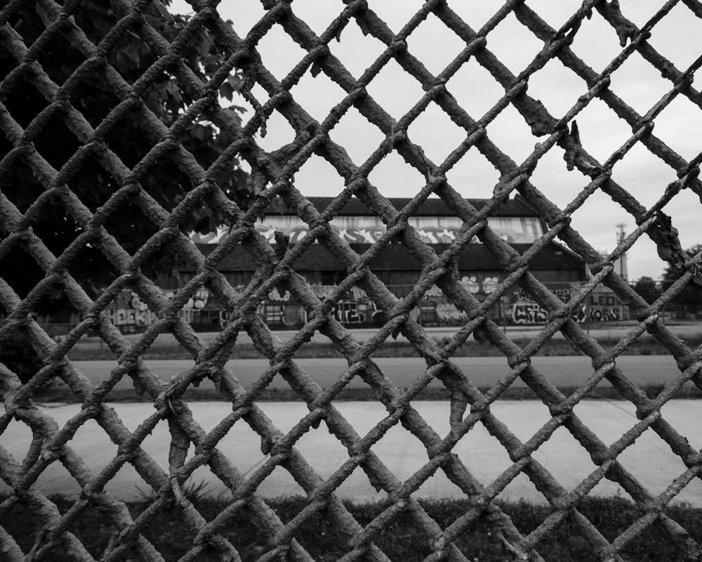 abandoned-atlanta-graffiti-fence.jpg