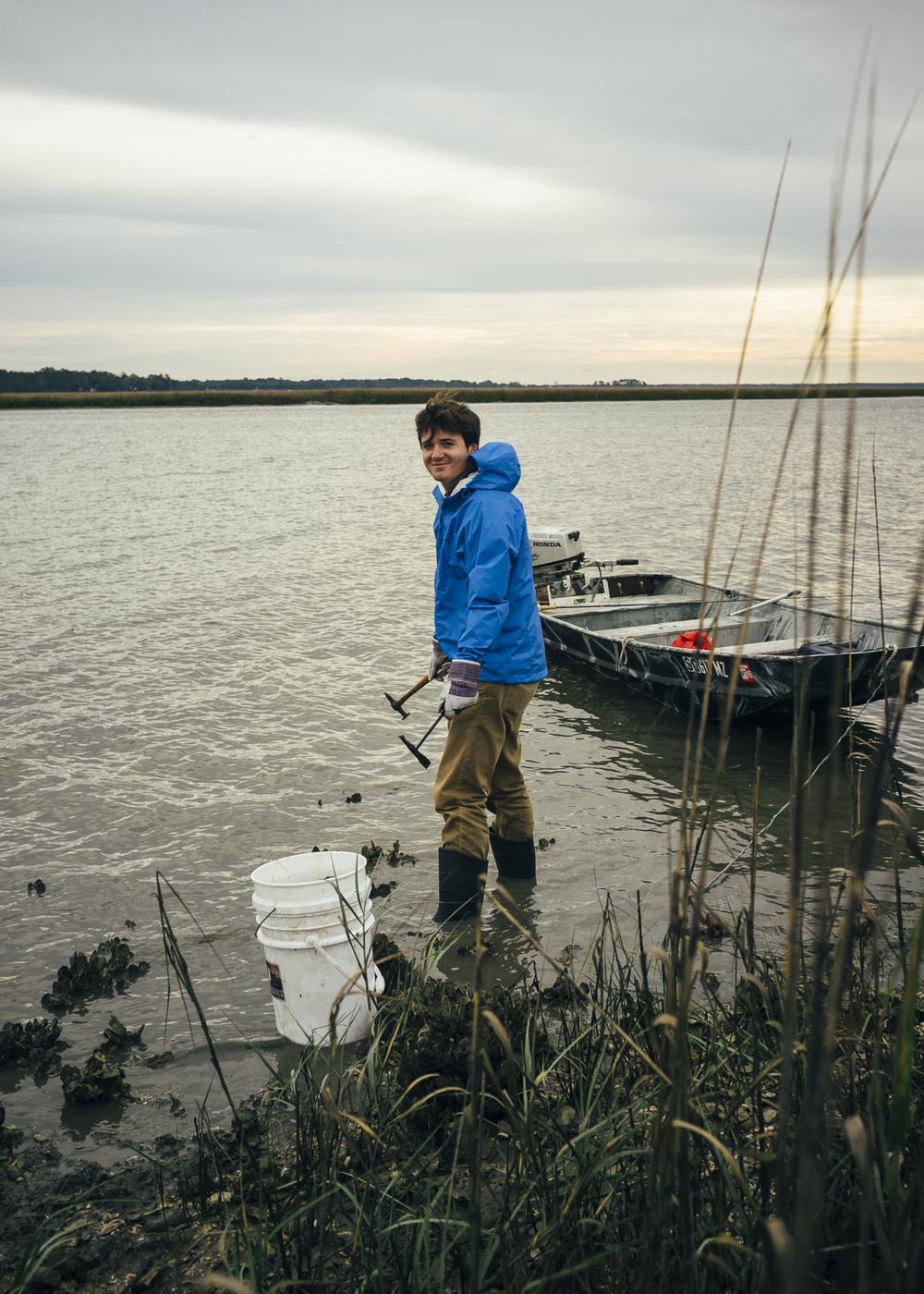 edisto-island-oyster-harvesting-marsh-vernie.jpg