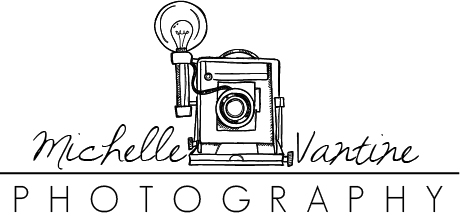 logo camera black on white.jpg