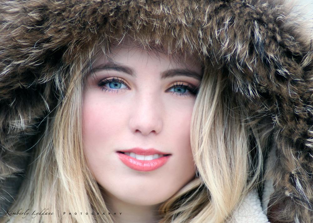 Editorial makeup featuring rose lip, subtle blush, pale orange eyeshadow; makeup makeup by top Washington DC makeup artist Brigid Wilson on Fortique