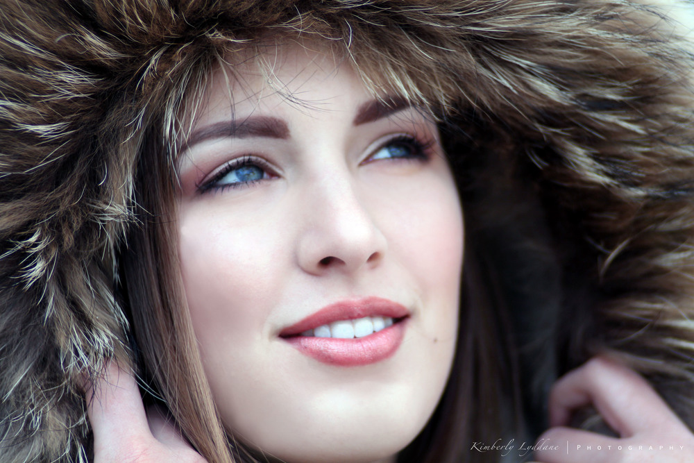 Stunning editorial makeup; mauve eyeshadow, rose lip; editorial makeup by top Washington DC makeup artist Brigid Wilson on Fortique