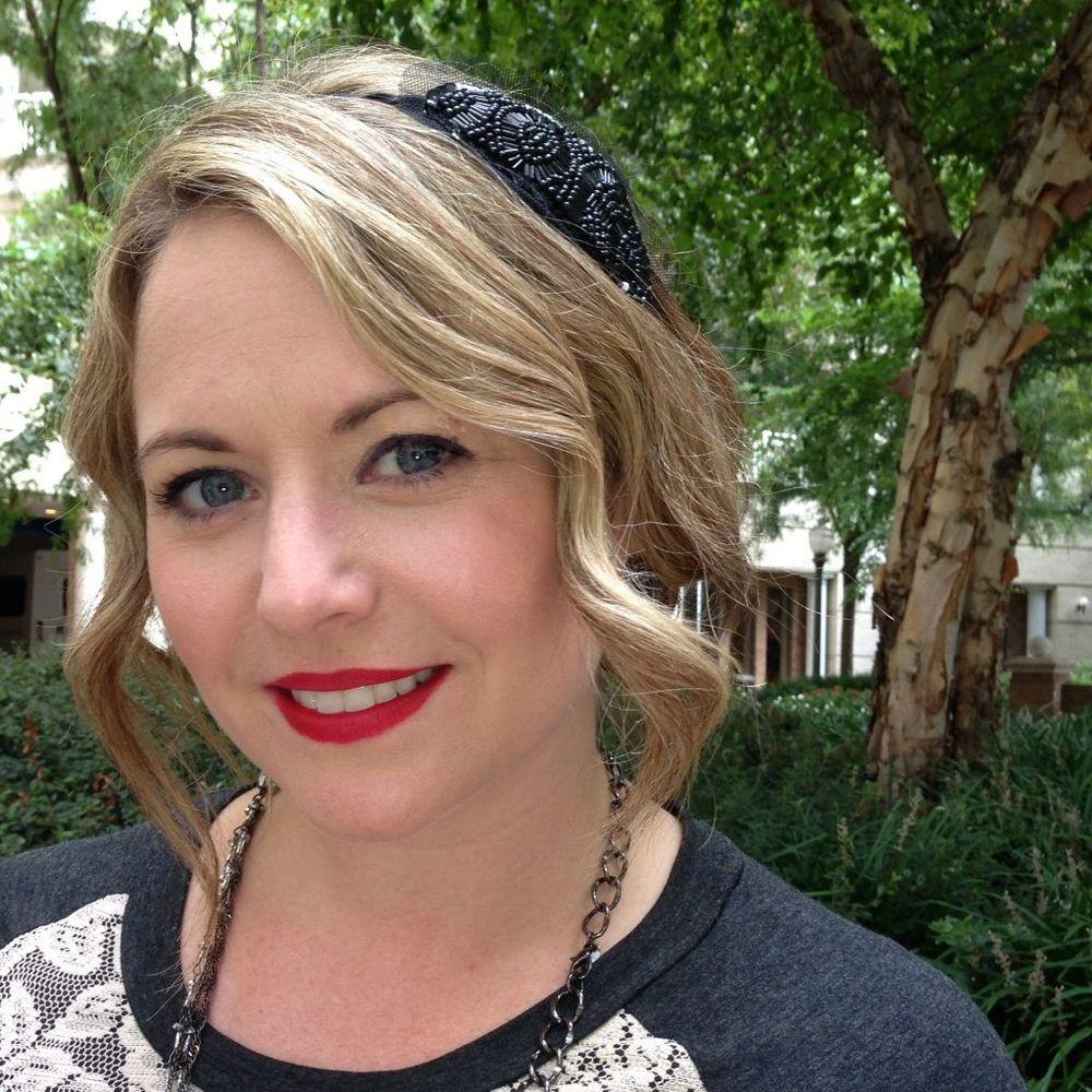 Julie Wardley Makeup Artist 3 Square.jpg