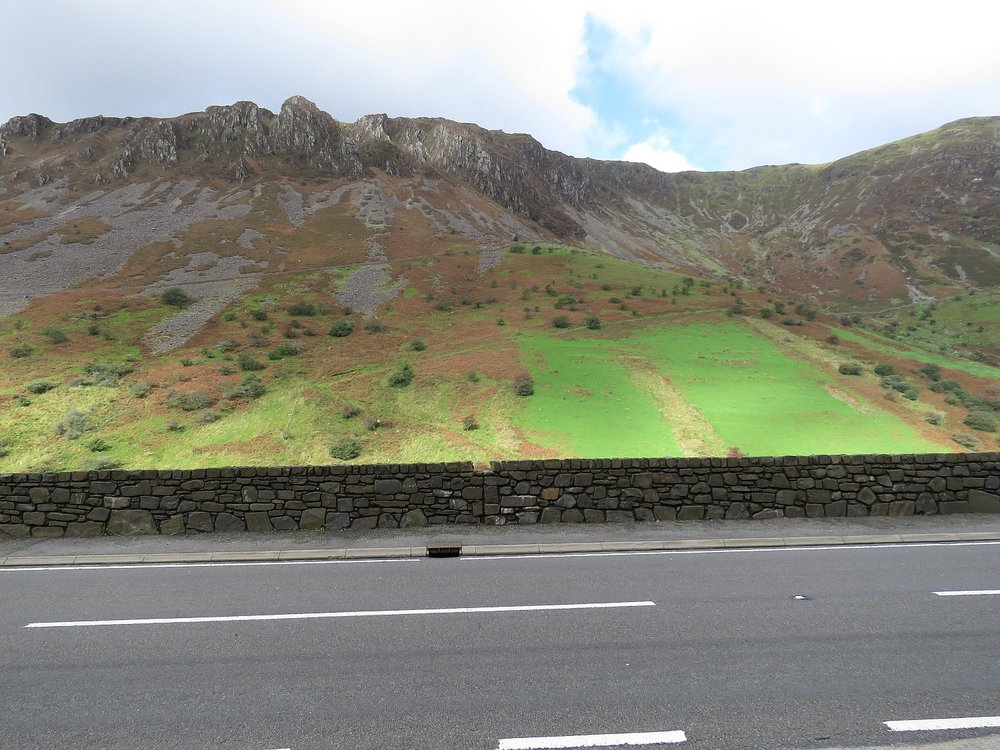 Typical roadside beauty in Snowdonia