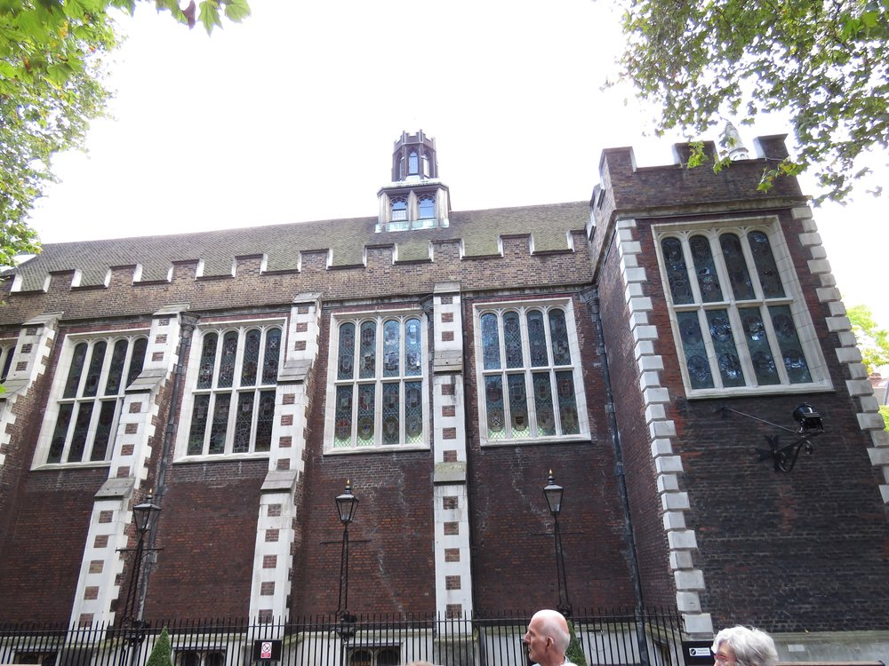 Dining hall, Middle Temple.  All Inns have chambers, dining halls, chapels and gardens.