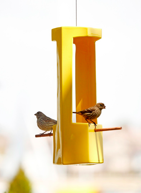 Gainey birdfeeder 01