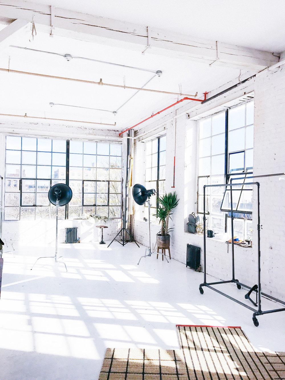 dapper-studios-2018-brooklyn-creative-agency-social-media-black.JPG