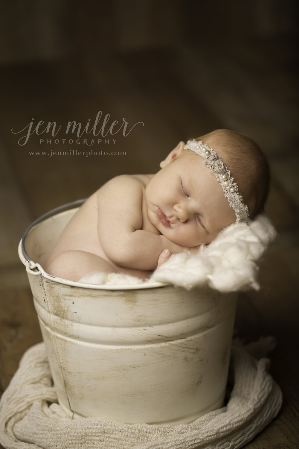 - [ newborns ]Newborn sessions are $200 and include up to 4 hours. Why 4 hours? This allows ample time for changing, feeding, and lots of cuddling during the session. We let the little one guide the session and work at baby's pace. Multiple sets are provided and family photos are definitely encouraged. Please note this fee does not include prints or products. You will come in for your viewing and ordering session 3-4 weeks after the session takes place. Newborn sessions are discounted for clients who also book a maternity session or milestone session of their little one. Ask to see my full Baby Collections price guide for all of these details.