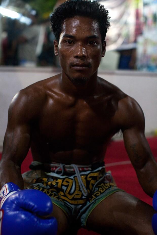 muay_thai_boxing_06-620x929.jpg