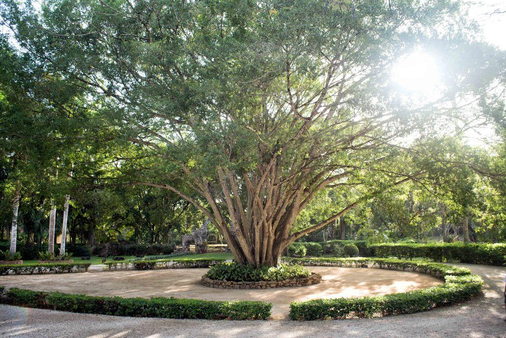 Hacienda Chichen Itza, main entrance