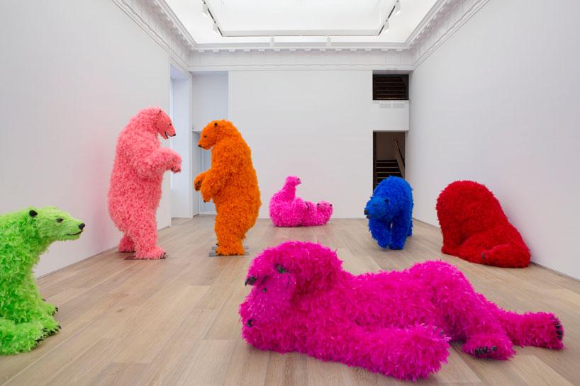 http://www.designboom.com/wp-content/uploads/2013/09/paola-pivi-dancing-bears-at-galerie-perrotin-designboom-01.jpg