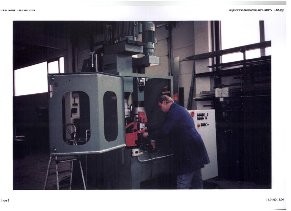 ABBA Mehrspindel Bohr-und Schneidmaschine 1065 001.jpg