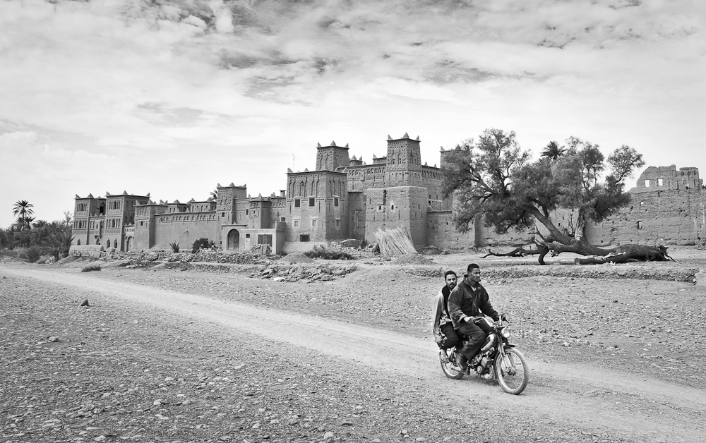 Motorbike morocco (1 of 1).jpg