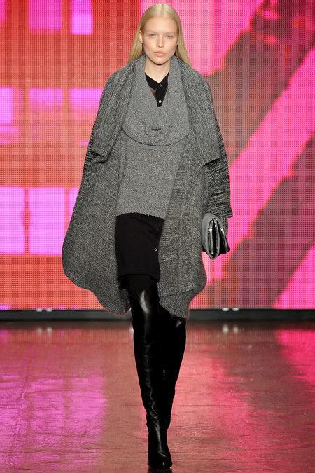 DKNY Fall 2013 Look 25.JPG