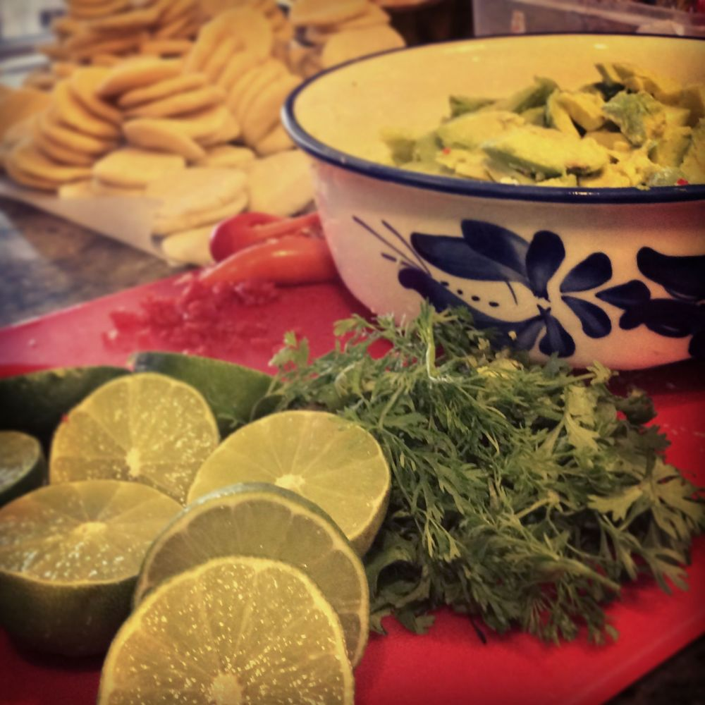Oaxacan guacamole with handmade arepitas