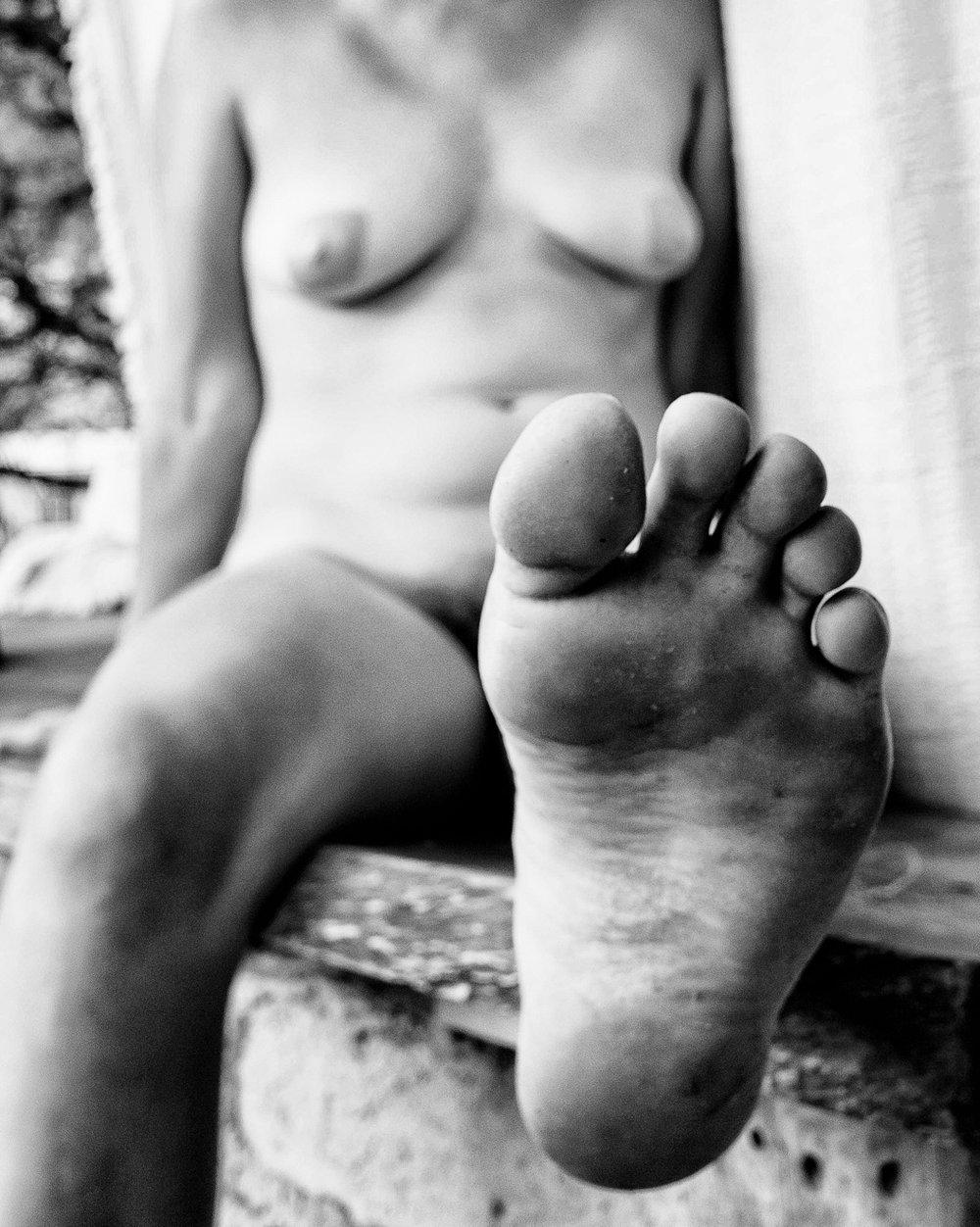 Audrey_B+W Body-2.jpg