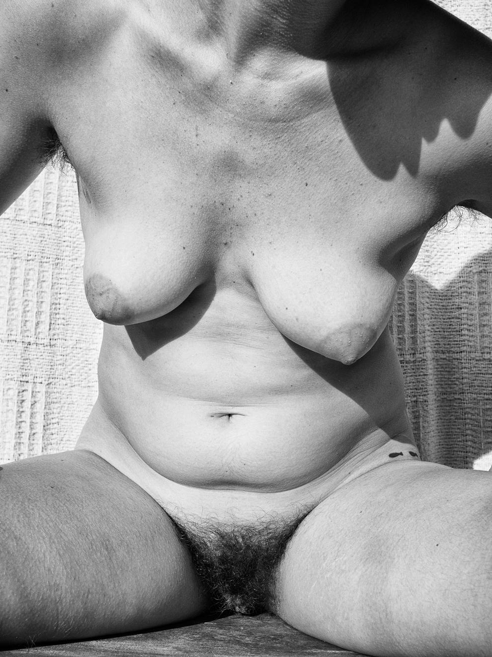Audrey_B+W Body-14.jpg