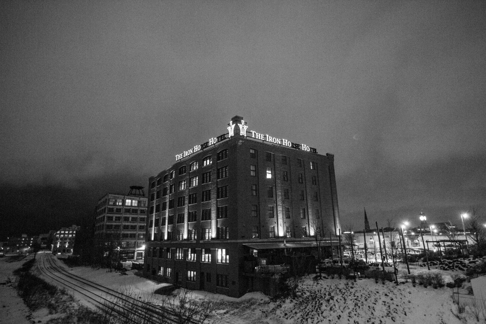 ho-ho-commercial-photographer-iron-horse-hotel-0002.jpg