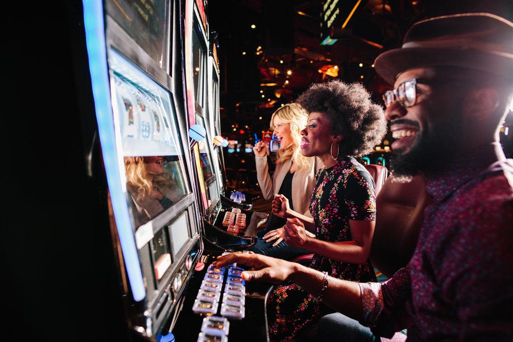casino-branding-chicago-milwaukee-23796.jpg