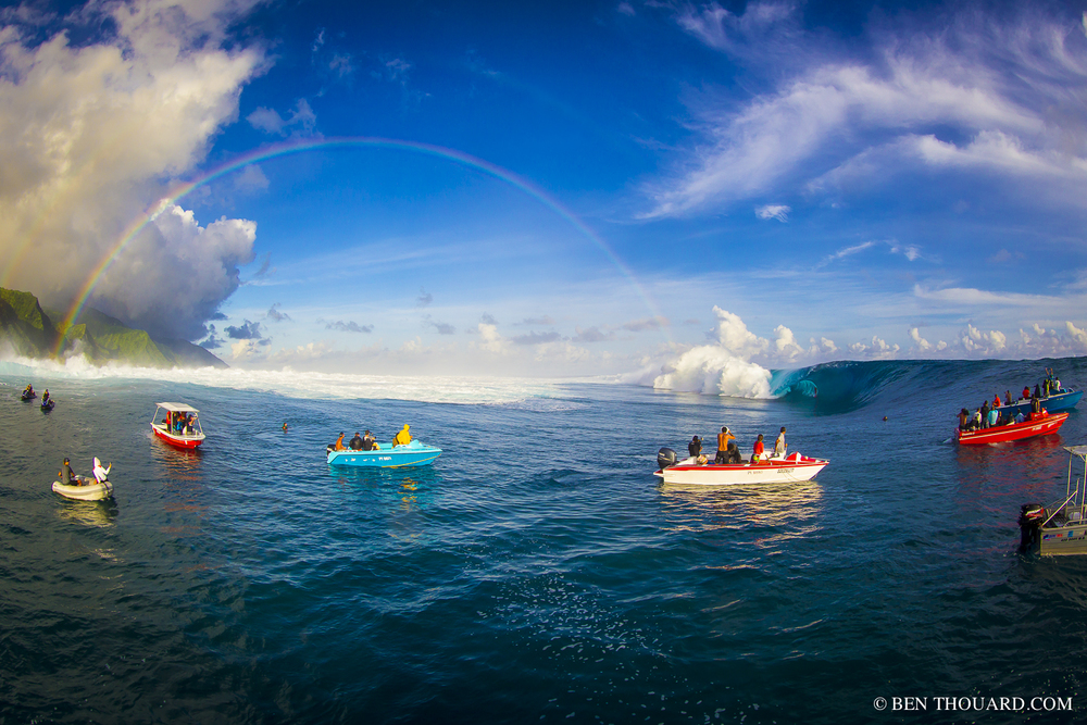 TEAHUPOO BIG WAVE MAY 2013