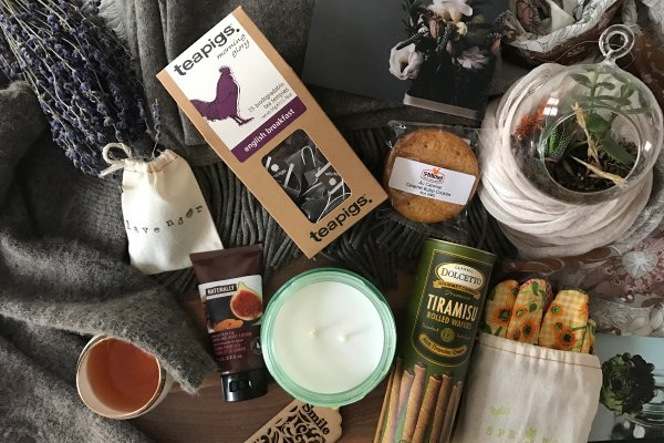 I recently discovered the Crate Joy site and want this  Hygge box !