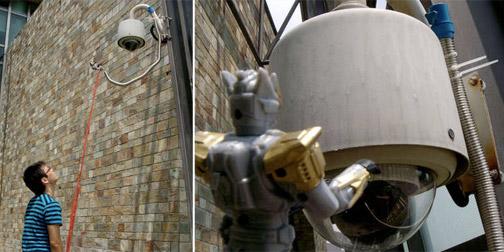 0625-robotinvasion.jpg