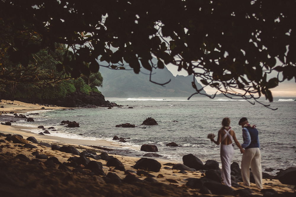 Love Bliss Imaging wedding photography  is based on the island of Kauai, serving Kauai, Maui, and Oahu weddings, destination weddings, engagements, trash the dress, and family portraiture shoots. 010.jpg