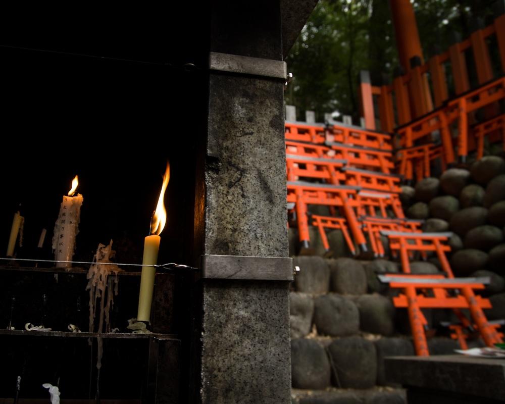 candlegates.jpg
