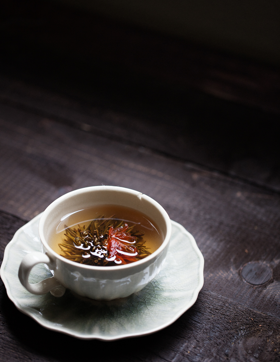 blooming jasmine flower tea