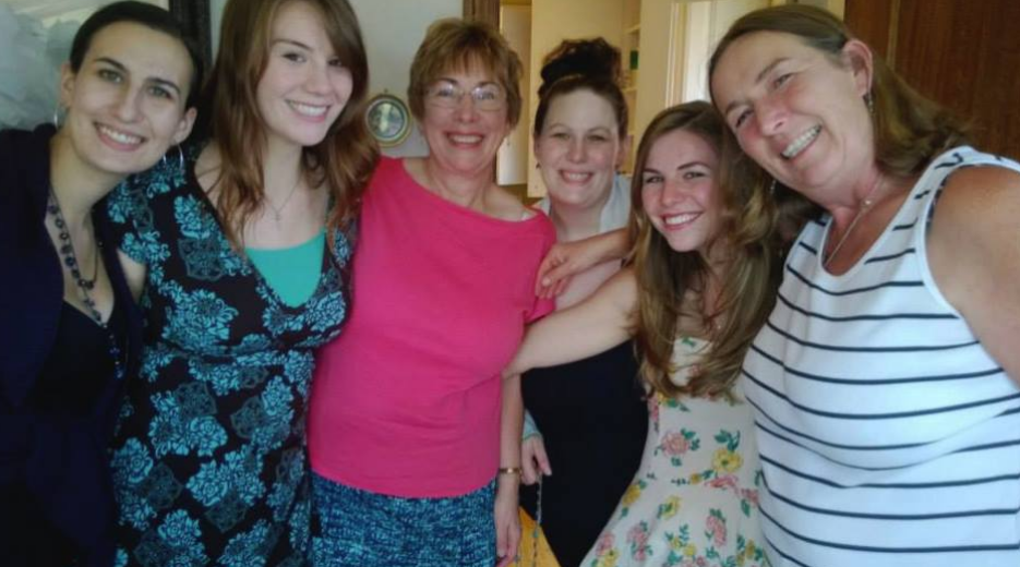 Some of my lovely lady relatives. My cousin Michelle, sister Kelly, Mom, cousin Julie, Me & my Auntie Ann.