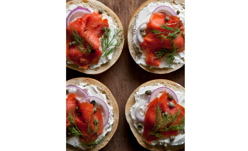 Scandinavian Bagels with Gravlax (that you can make yourself in the tutorial!)