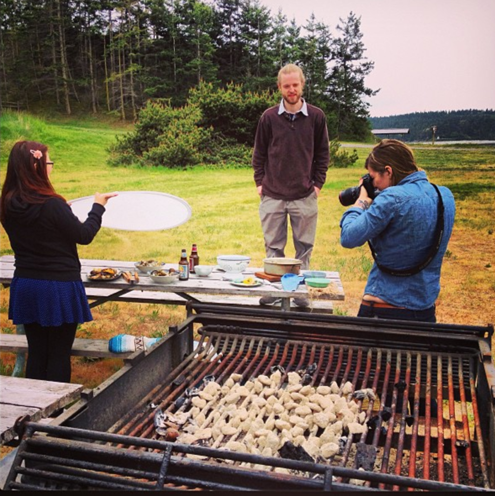 Shooting a clam bake with assistant Dawna Stoecker and model Drew Zarba.  Photo: Anne Marie Zarba