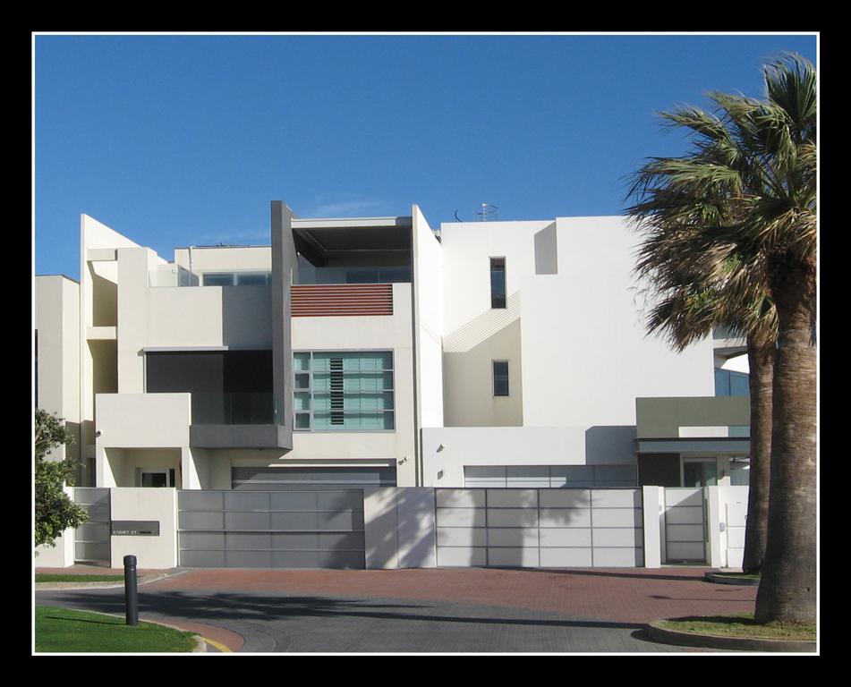 Glenelg--mansion.jpg