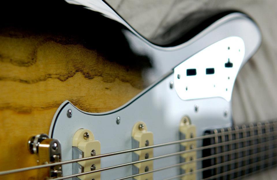 custom bass bassmaster 6 - 008.jpg
