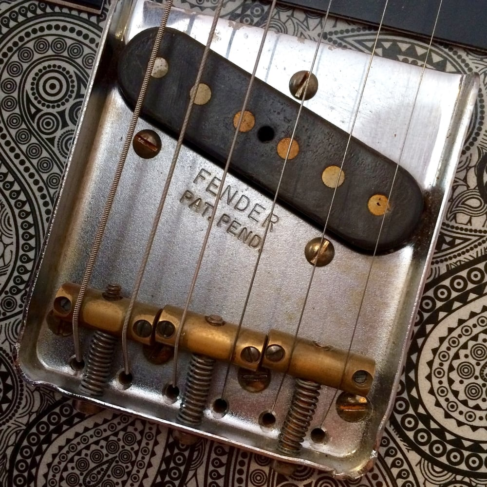 Three saddle Tele bridge