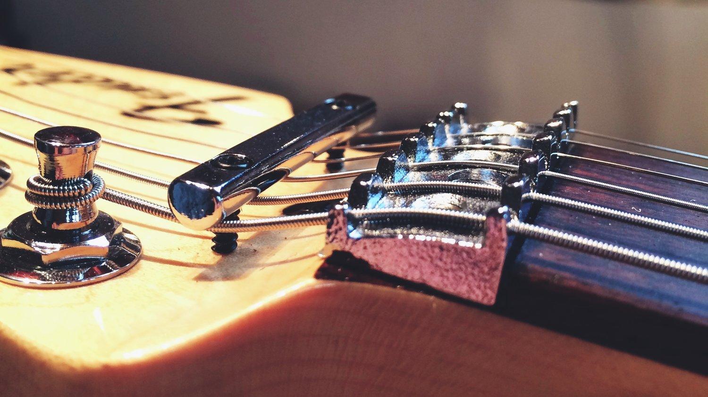 Locking Nut String Retainer Bar Adjustment Haze Guitars Kramer Focus Guitar Wiring Diagram