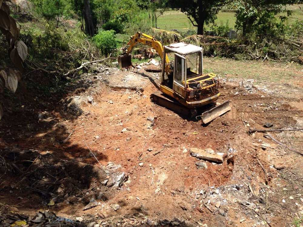 Clearing land area at ggt processing facility for GGT bugalow one6.jpg