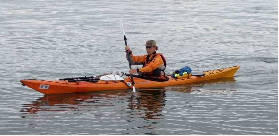 HENRY AUSTIN - Henry is a licensed Maine sea kayak guide and artist from Wyoming. He started out as guide after he graduated from Bowdoin College in Brunswick. During his first year as a guide he led trips on Frenchman Bay and Blue Hill Bay based out of Mount Desert Island. In 2016 he moved to Southern Maine to join Portland Paddle.
