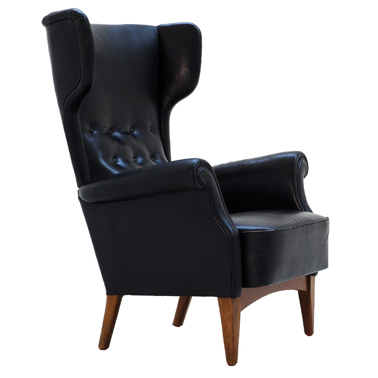 6c wingback chair.jpg