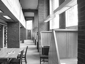 300px-Phillips_Exeter_Academy_library_carrels_2.jpg