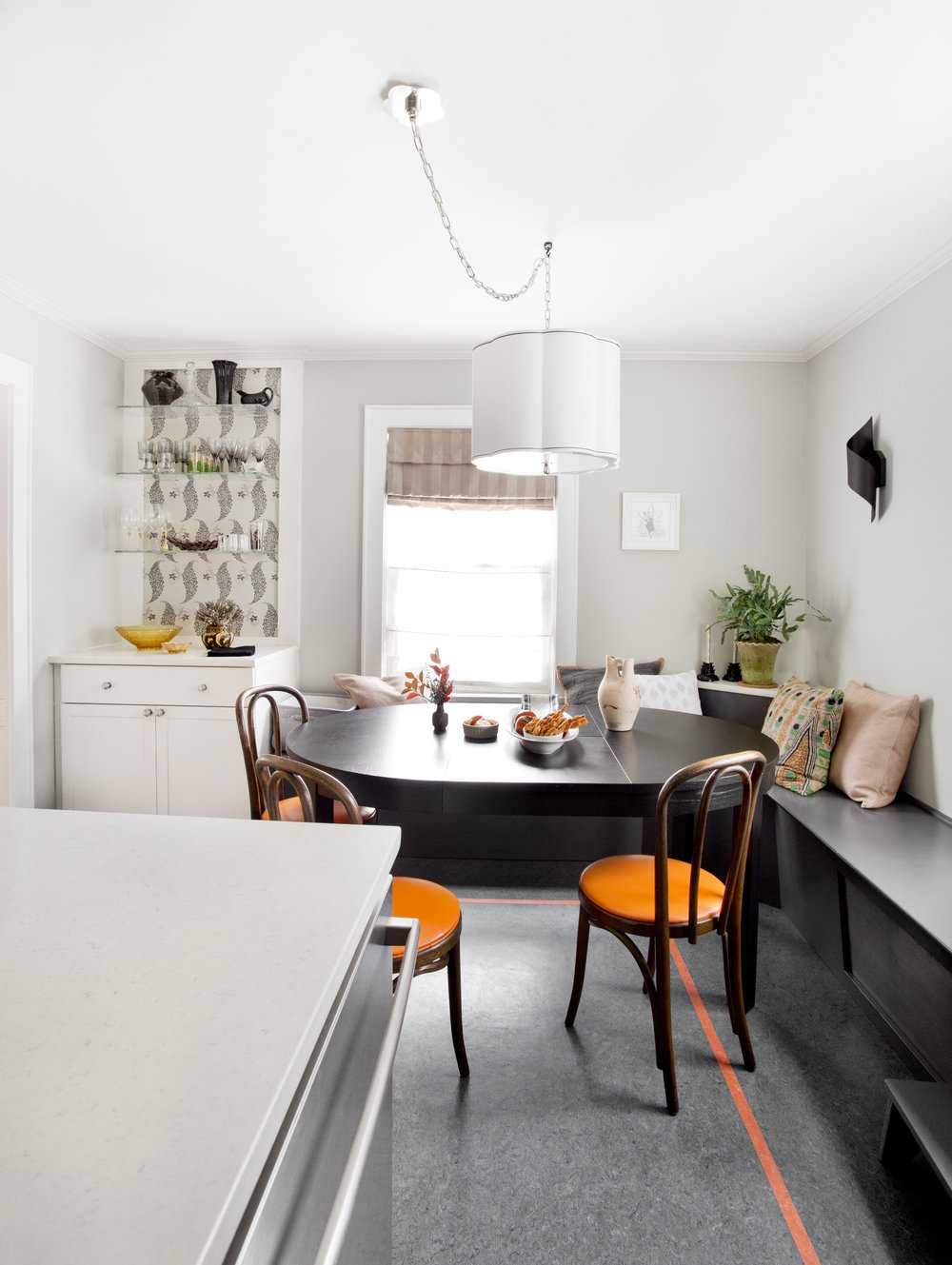 KELHI_TRANSITIONAL_KITCHEN_1.jpg