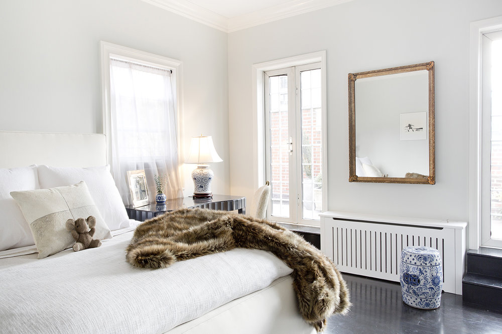 WHIW78_PAMELADAILEYDESIGN_MASTER-BEDROOM-TERRACE-DOORS-NYC.jpg