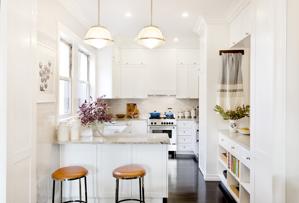 WHIW78_PAMELADAILEYDESIGN_OPEN-KITCHEN-TRADITIONAL-DETAILS.jpg