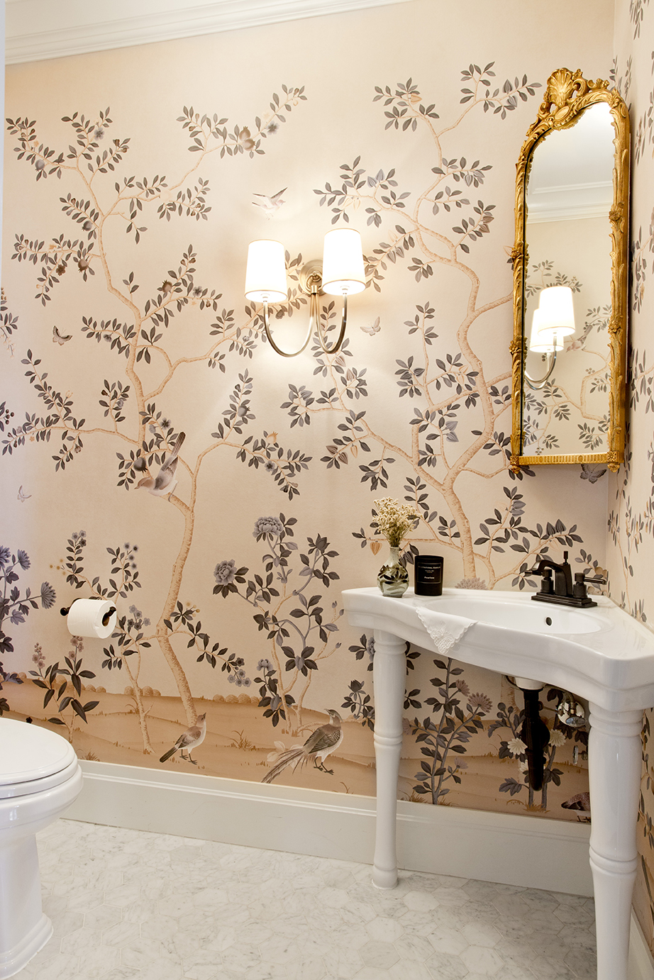 WHIW78_PAMELADAILEYDESIGN-POWDER-ROOM-IDEAS.jpg