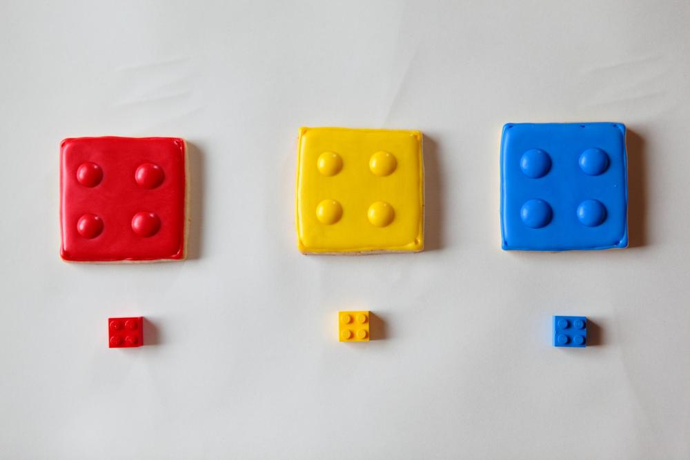Lego cookies for the kid in all of us!