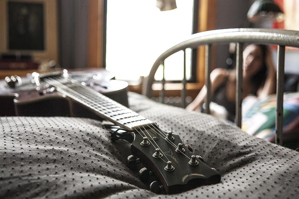 jonathon-linaberry-guitar.jpg
