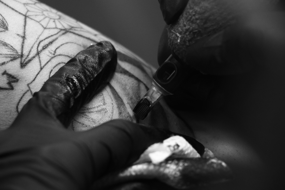 nikki-tattooing-closeup.JPG